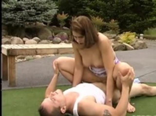 порно фильмы онлайн парень играет в гольф - 1