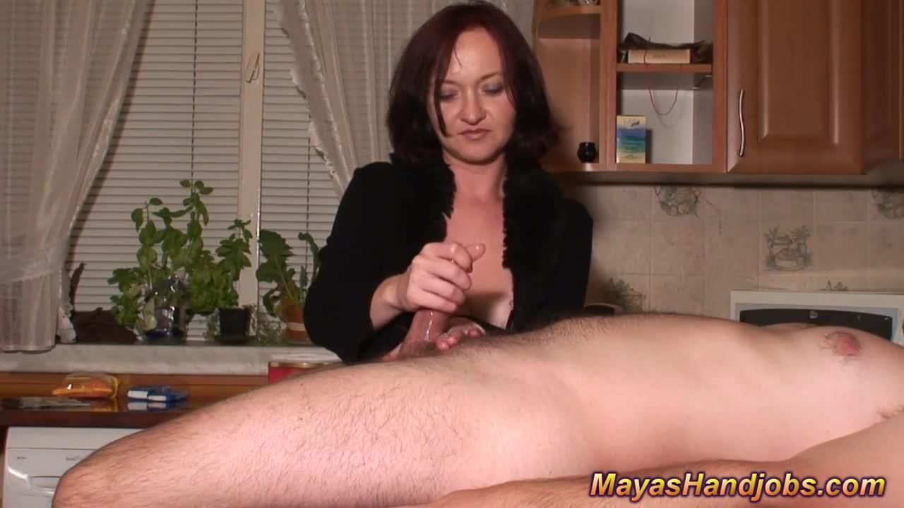 Два хуя муж дрочит себе и жене видео девушки-женщины раздвинутыми