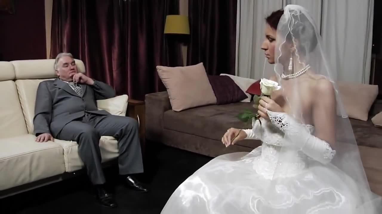 Невесту выебали после свадьбы