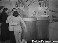 Черно-белое винтажное порно трех партнеров