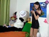 Панда трахается с дивной девушкой