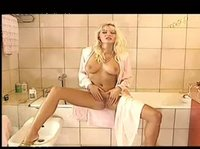 Ебля с мамкой в ванной комнате