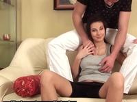 Минет и вагинальный секс с чудесной брюнеткой