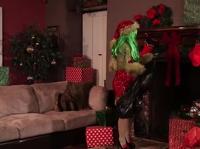 Рождественское порно семейной пары