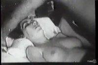 Ретро ебля половых партнеров на кровати
