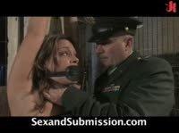 Хардкор пытка военного