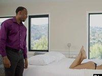 Половые игры темнокожего романтика и любовницы