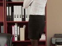 Секс с великолепной секретаршей в офисе