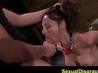 Ебля рабыни в секс рабстве