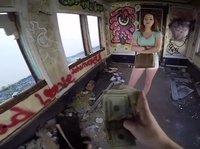 Приятный трах с девушкой в заброшенном доме