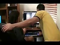 Застал подругу за просмотром порно